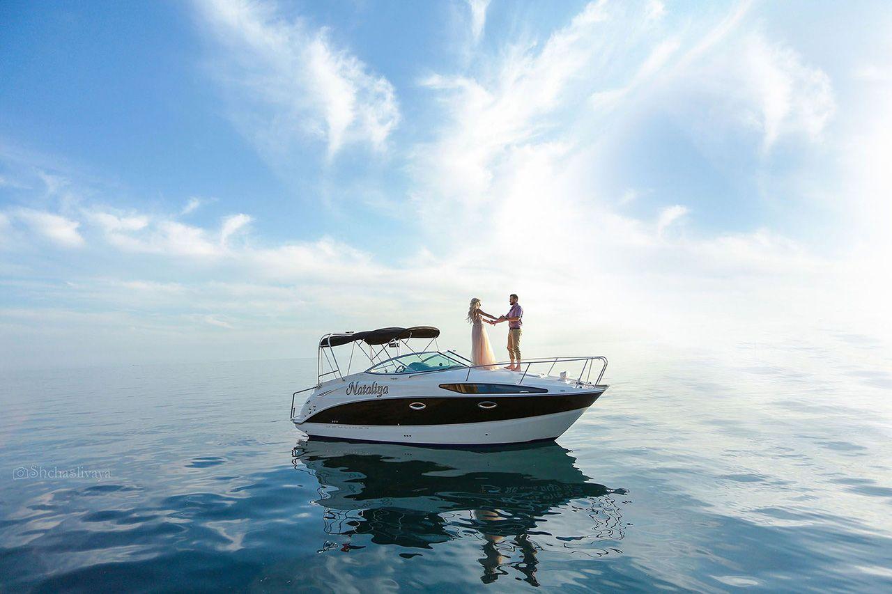 Свадьба для двоих в открытом море на яхте